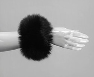 C1 - Black : Fox Fur Cuffs (1 pair)